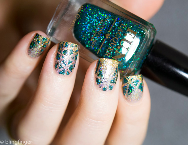 Nails of the Day: Shiny Scales