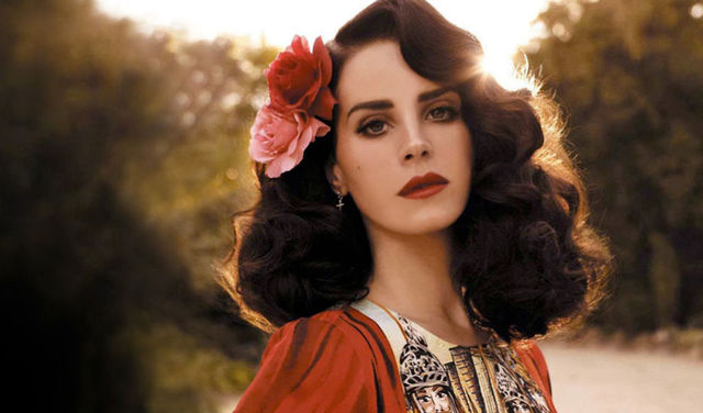 Here's what Lana Del Rey is spilling about her new album 'Honeymoon'