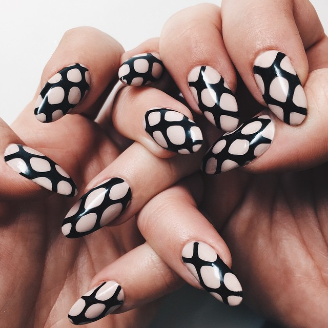 Nails of the Day: Caught in the net