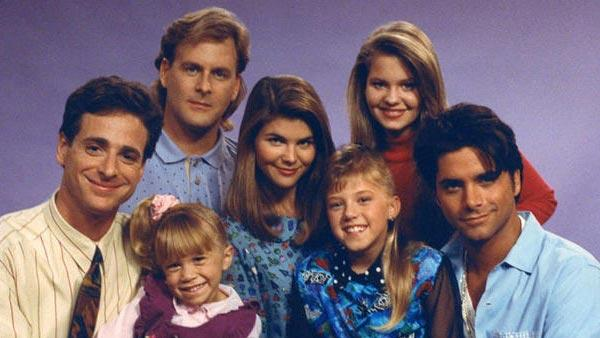 The latest 'Full House' cast reunion became an incredible 'Everywhere You Look' sing-along