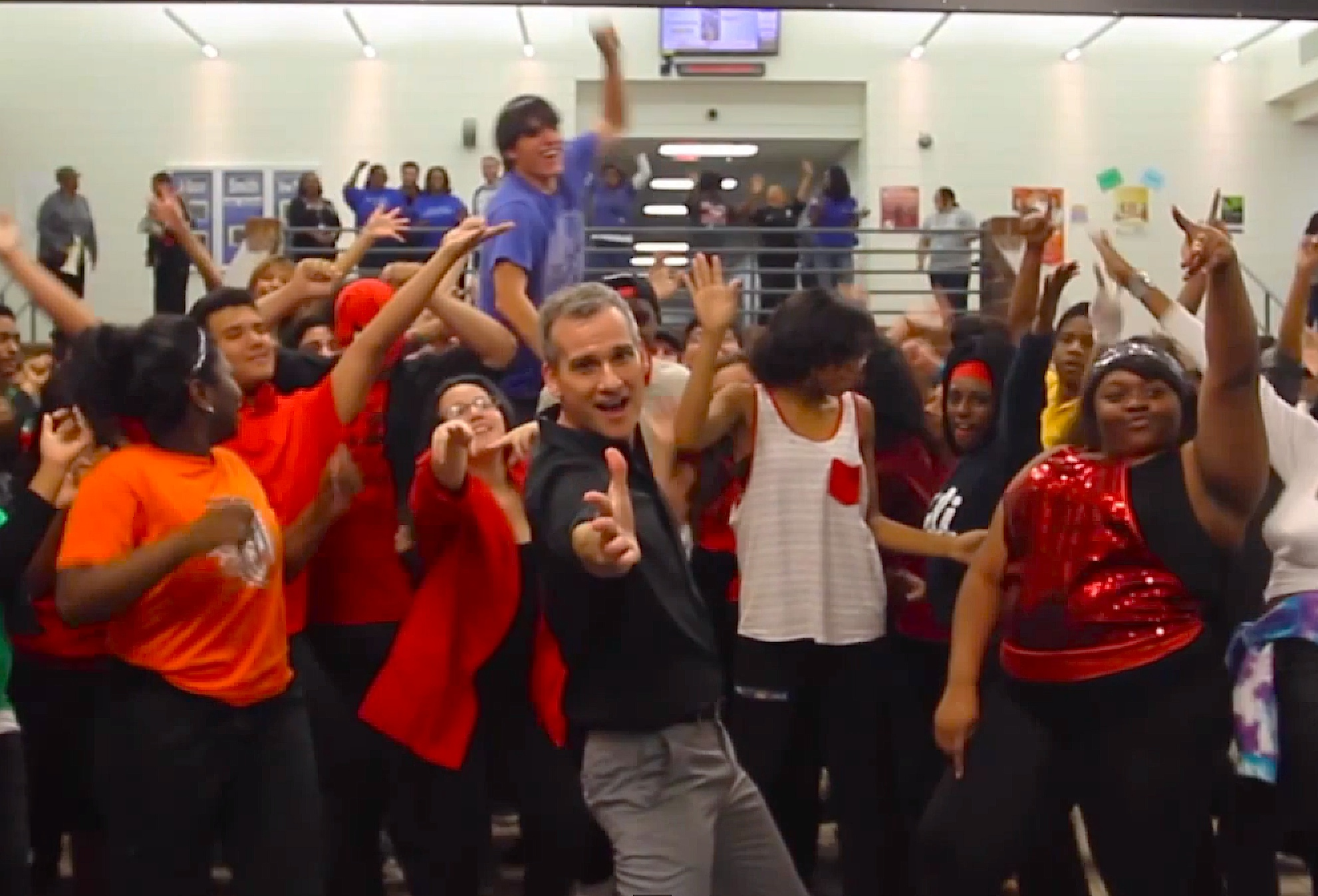 This High School is too hot! Watch them dance to 'Uptown Funk'