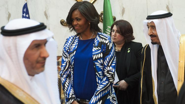 Everyone, let's chill about Michelle Obama not wearing a headscarf