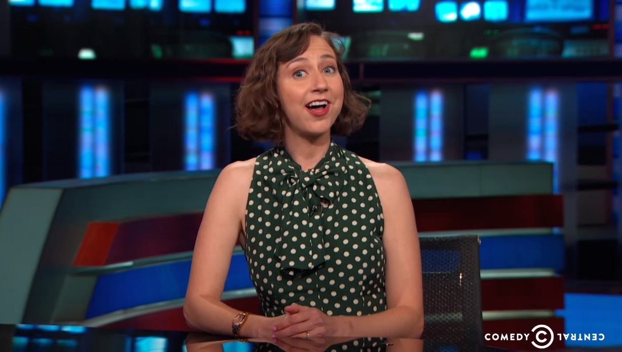 Watch Kristen Schaal (who we will love forever) hilariously defend manspreading