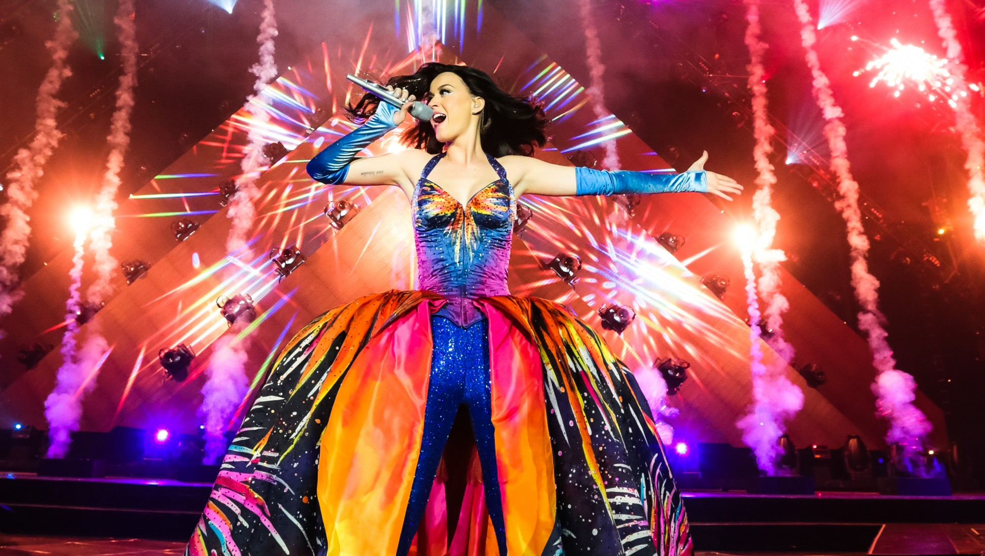 The many reasons we're PUMPED for Katy Perry's halftime show