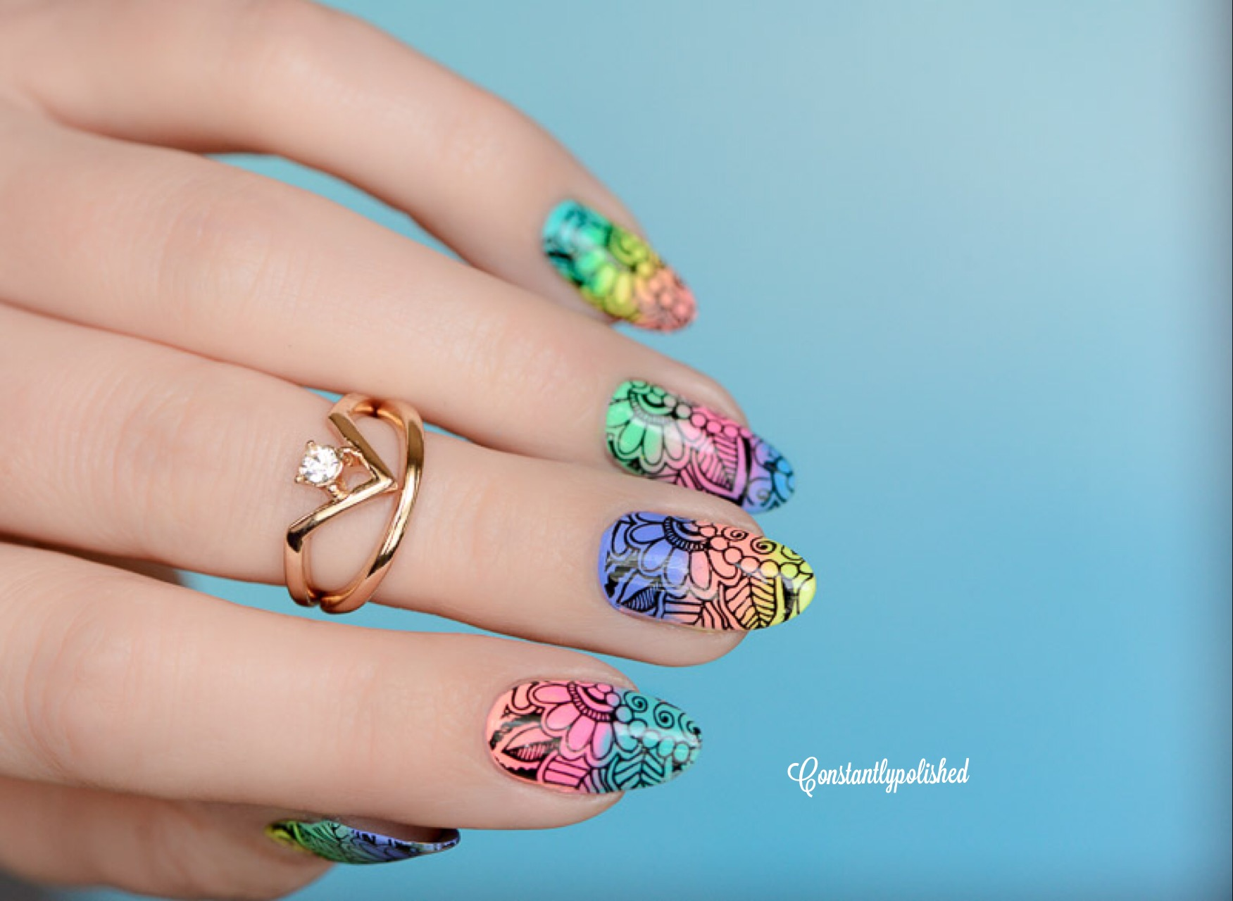 Nails of the Day: Floral dreamworld