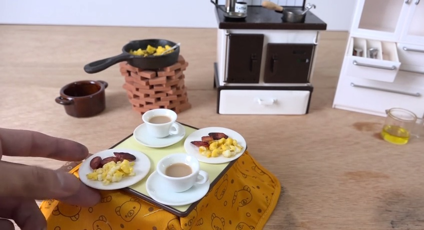 This tiny working kitchen just put all other tiny novelties to shame