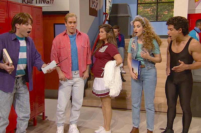 Jimmy Fallon takes us to Bayside High with a 'Saved By The Bell' reunion!