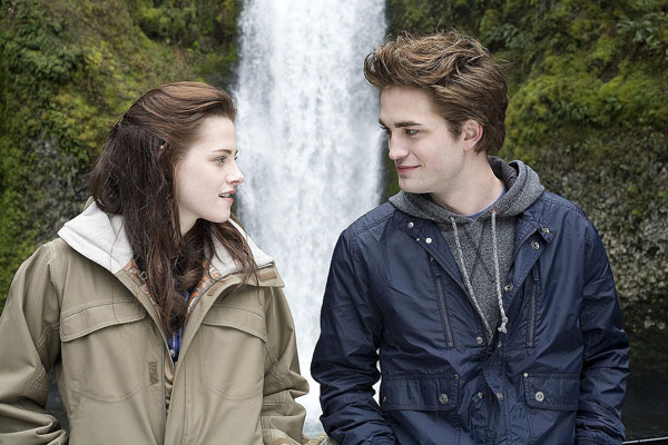 There are 6 short 'Twilight' movies coming, and they're all by women