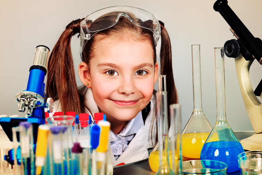 Wanna get girls into science? Try telling bedtime stories about science