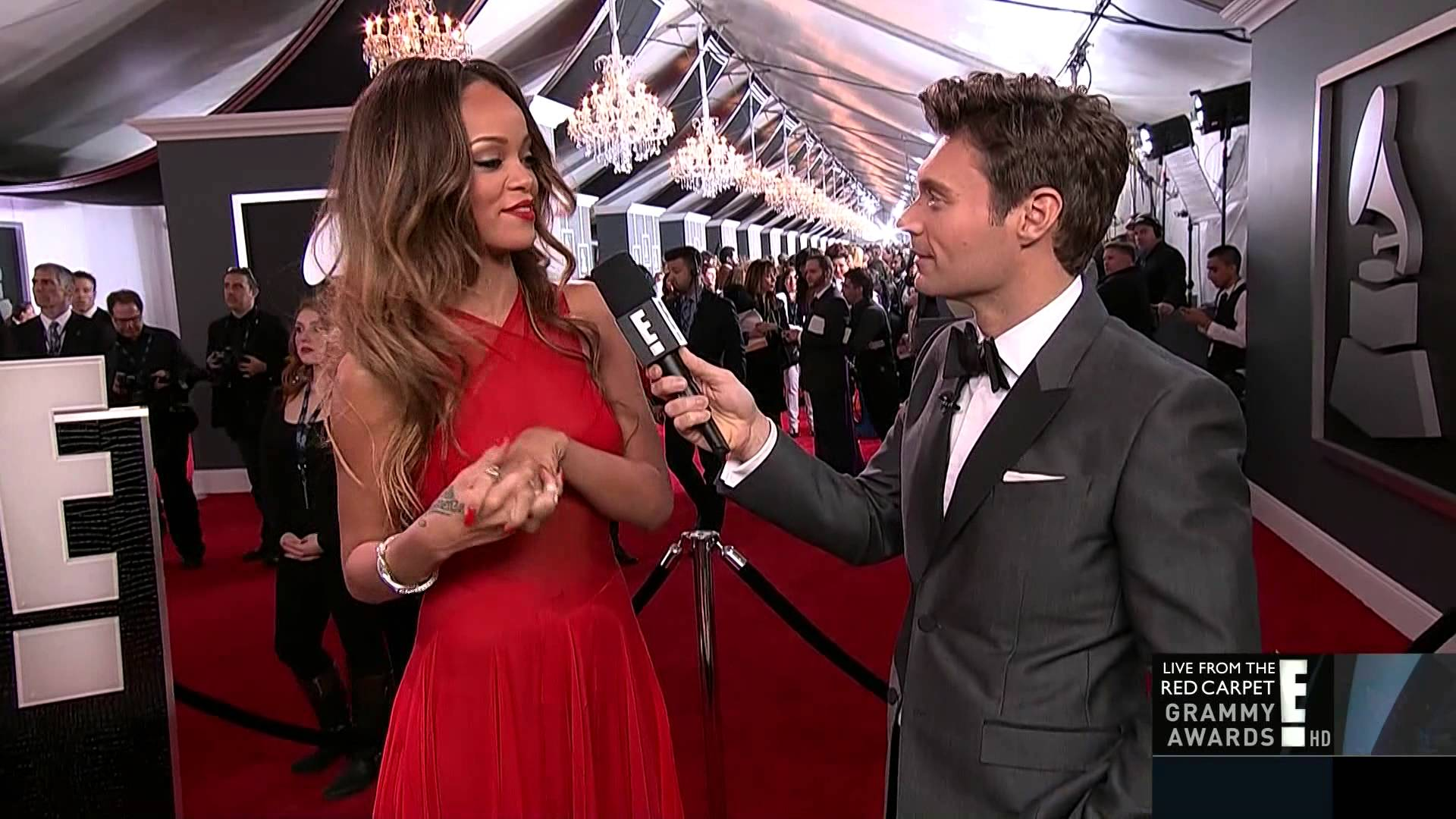 Questions we SHOULD ask female artists on the Grammy red carpet