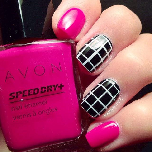 Nails of the Day: Oh my grid!