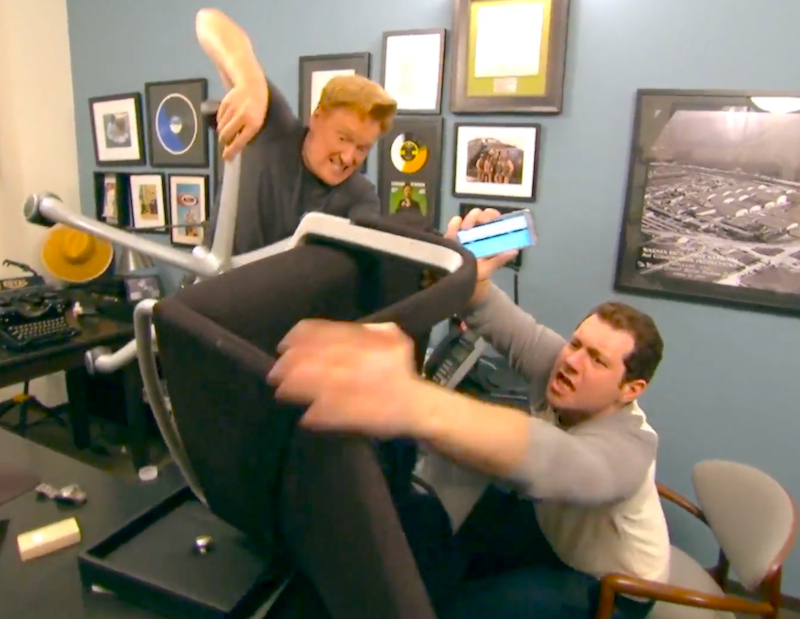 Billy Eichner helps Conan O'Brien join Grindr and catfish dudes to hook up with
