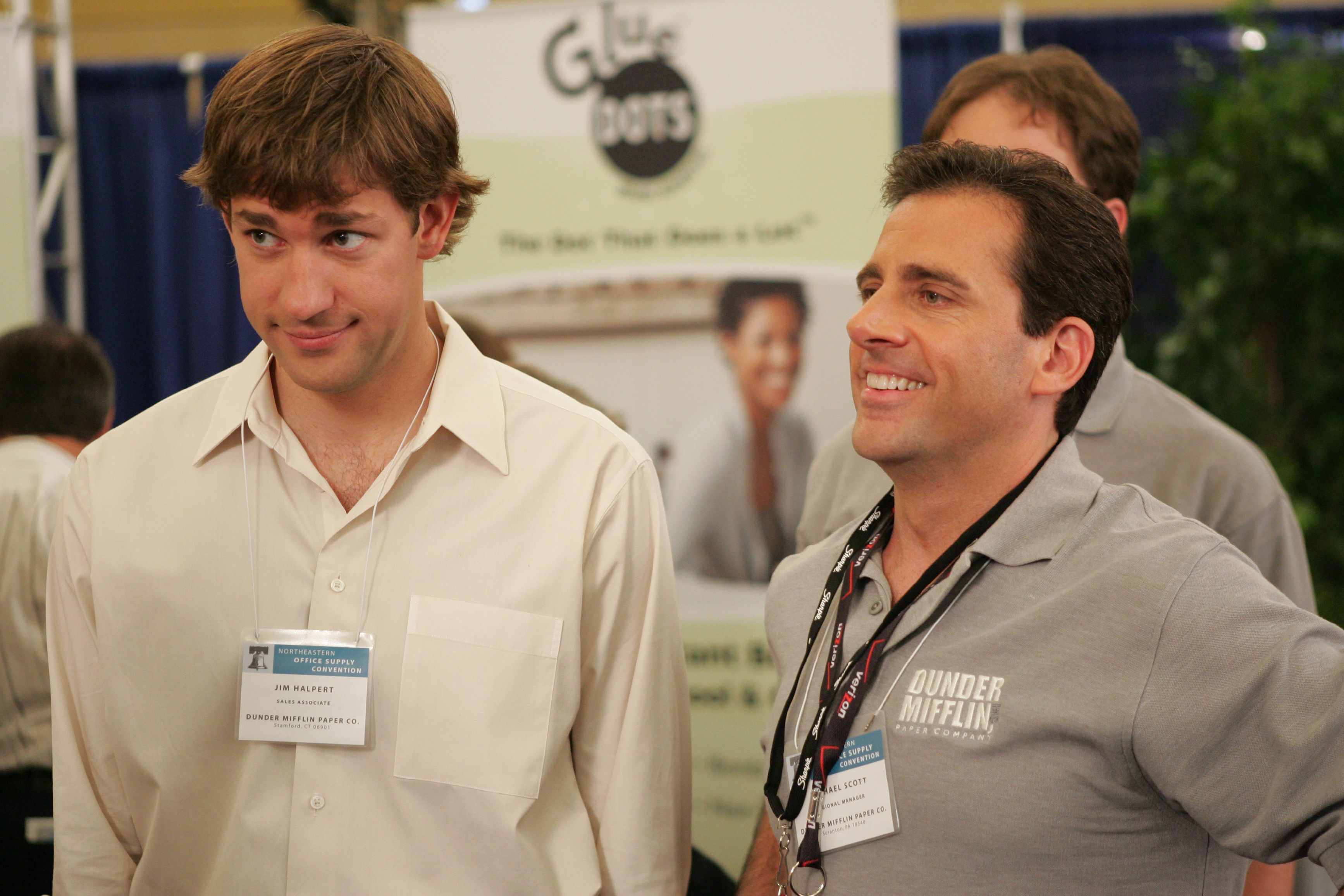 How to handle the awkwardness of networking (and maybe even dig it!)