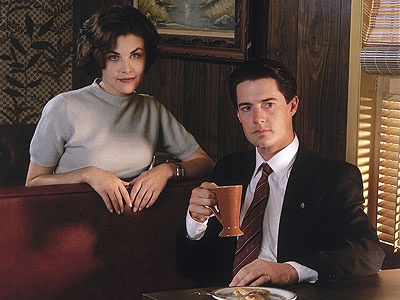 Dear Mr. David Lynch: Here's what I NEED to see on the new 'Twin Peaks'