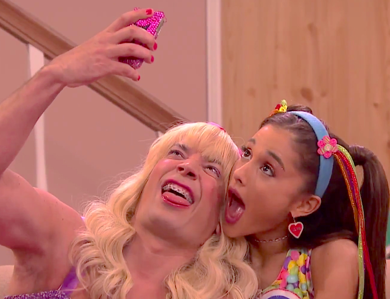 Literally dying at Ariana Grande's 'Ew!' debut on The Tonight Show!