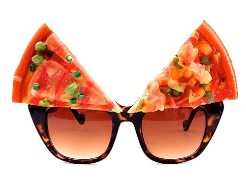 You know you need these pizza glasses, right?