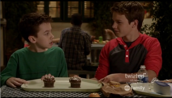 Hats off to this ABC Family star for getting YouTube to unrestrict 'The Fosters' gay kiss