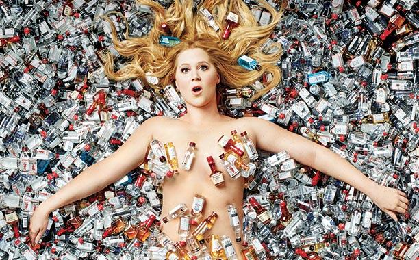 "Amy Schumer thanks magazine for not Photoshopping her (""proud size 6 yo!"")"