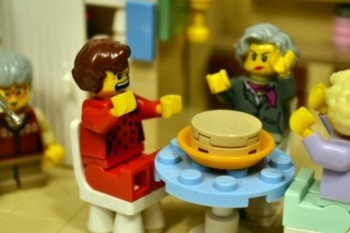 We are so ready for this 'Golden Girls' Lego set. Make our dreams come true!