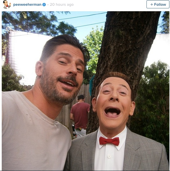 Pee-wee Herman posts first selfie from his new movie set!