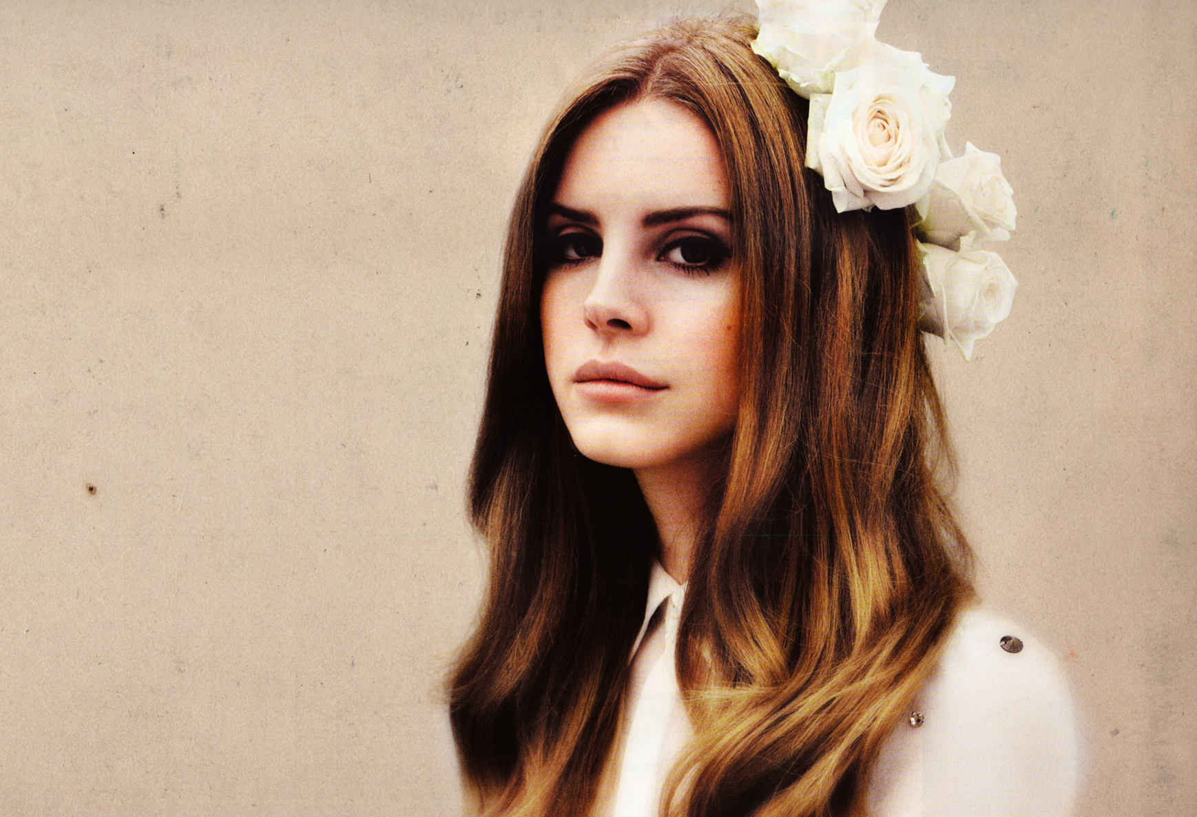 "Lana Del Rey's new song ""Life is Beautiful"" is simply beautiful"