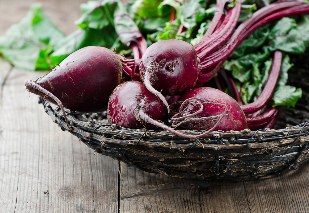 Hey vegan pals, let's make beet dip!
