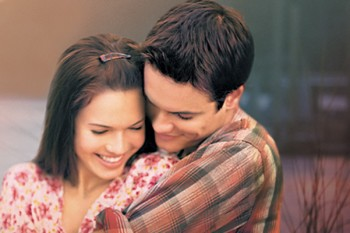 Let's relive the drama that is 'A Walk To Remember'