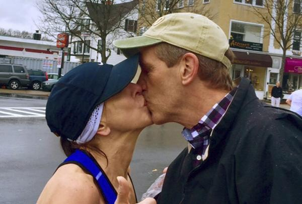 The story behind that viral Boston marathon kiss = better than you imagined