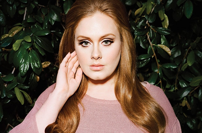 Adele transformed into her '90s music hero. Literally.