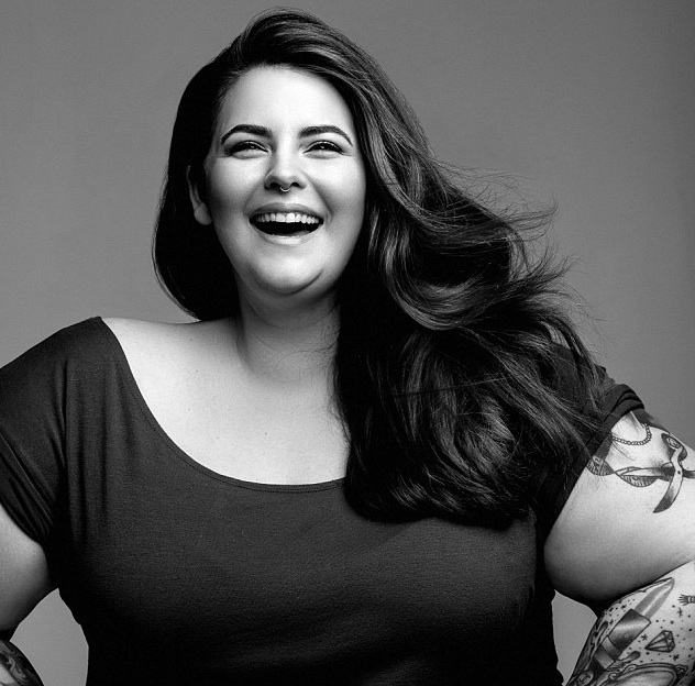 Tess Holliday celebrates history-making modeling contract with a kickass photoshoot
