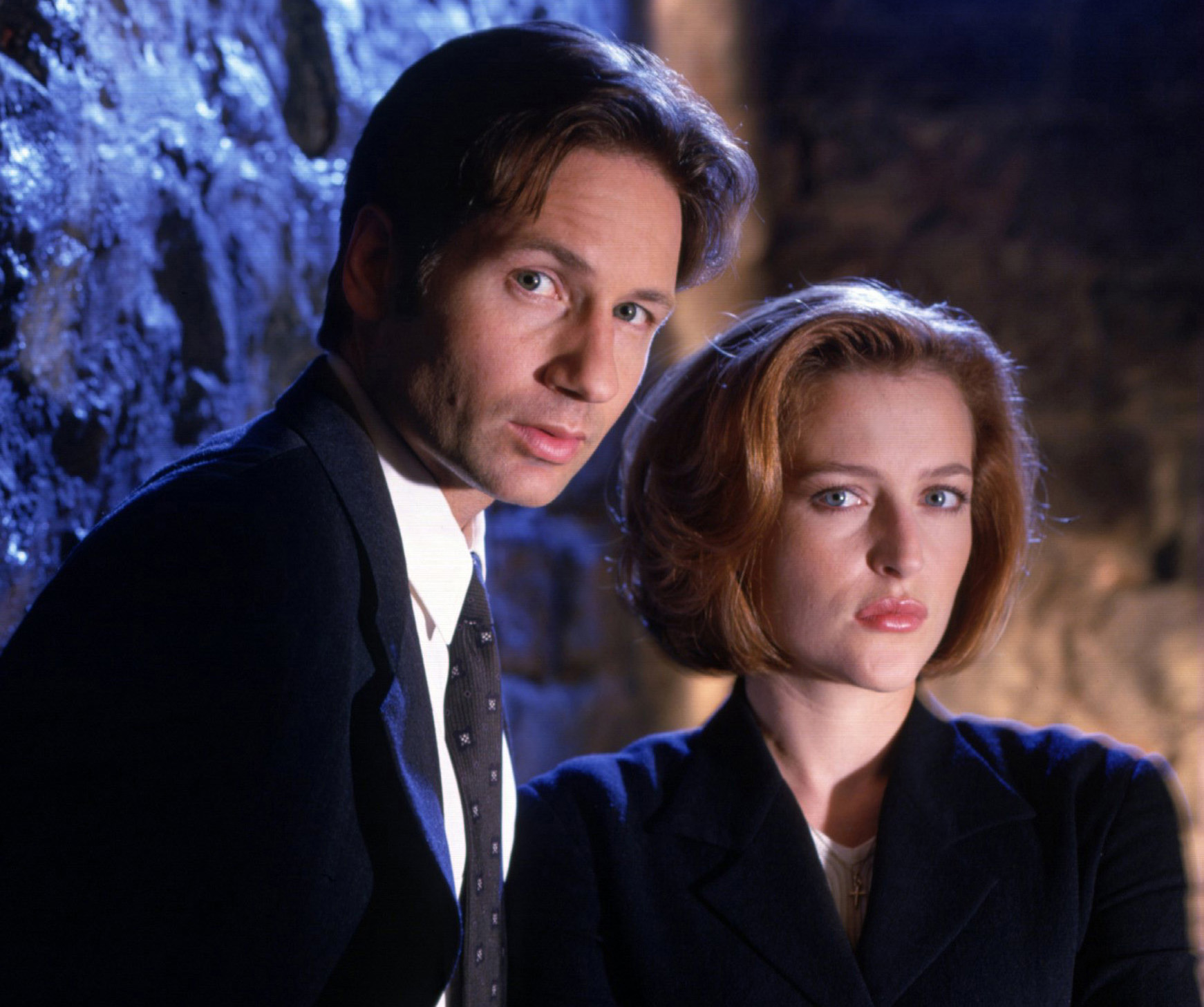 Last night, Mulder and Scully sang a duet, kissed. And now we're dying.