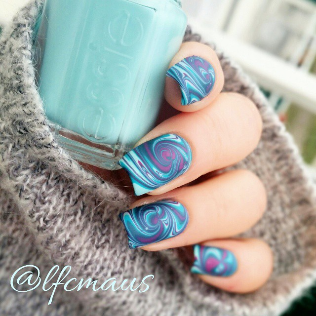 Nails of the Day: Vortex marble