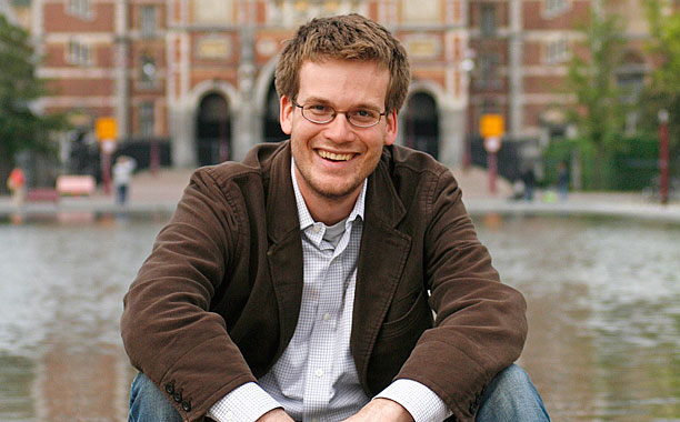 John Green has a teensy request for all his Twitter fans