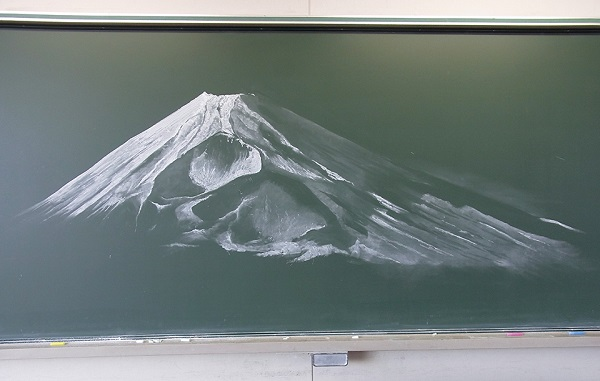 These students take chalkboard art to a whole 'nother level