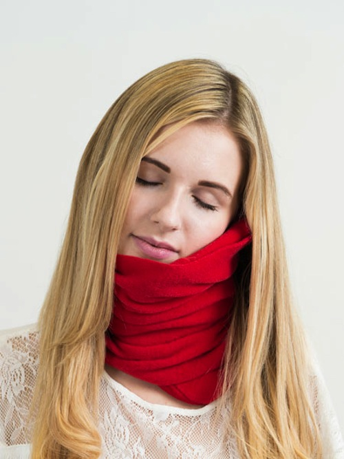 Holy genius invention: This scarf lets you nap anywhere