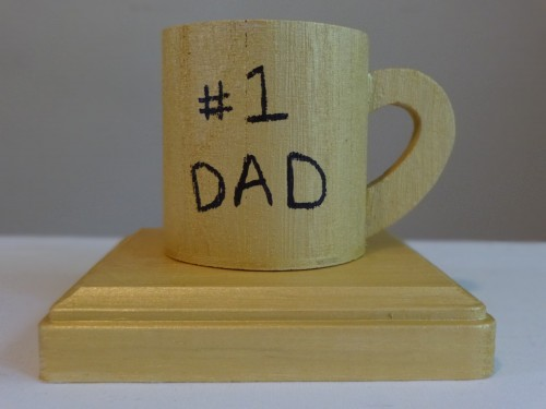 A crafty Father's Day trophy for your #1 Dad