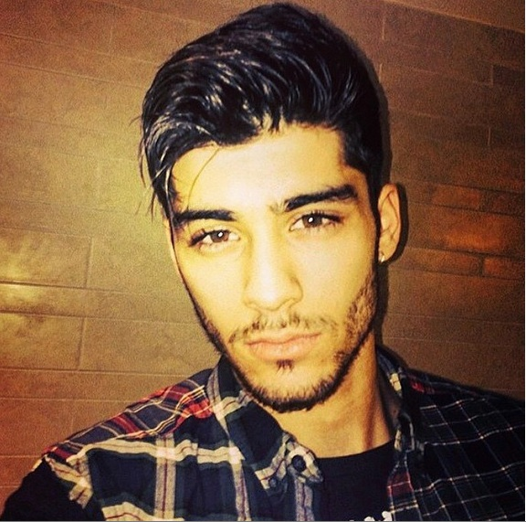 Zayn Malik's new single got leaked and it's very un-1D