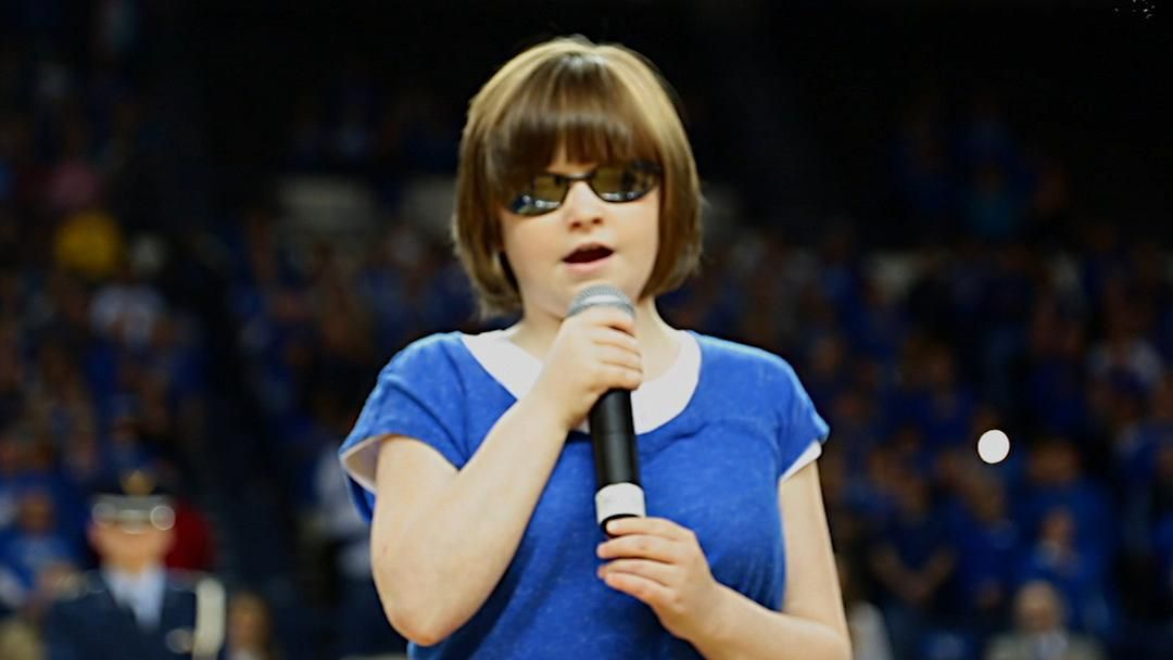 This blind teen slayed the National Anthem