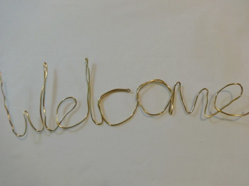 Here's that DIY welcome sign your home has been hankering for