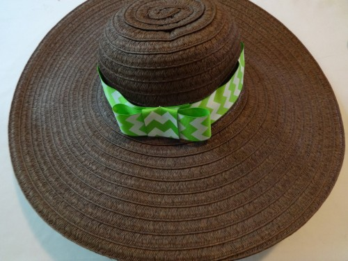 A bow-bedecked beach hat to keep you cool all summer long