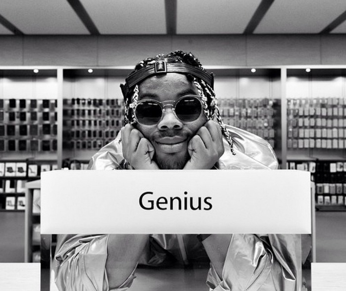 This rapper secretly recorded his ENTIRE album in an Apple Store