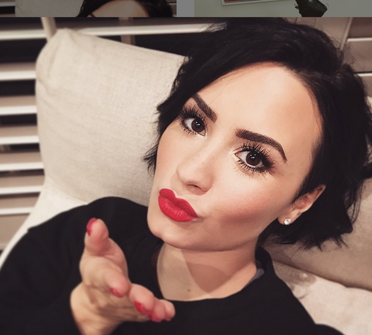 Demi Lovato's rad, emoji-filled message about self-love