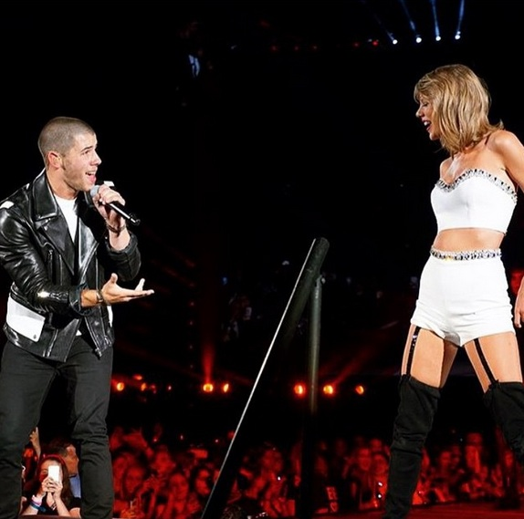 "Nick Jonas is a Swiftie, but says his favorite Taylor song is ""too controversial"" to reveal"