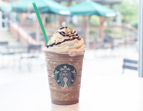 One of our fave Frapps is coming back to Starbucks! Rejoice!