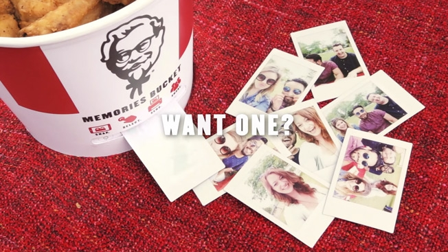 Totally coveting this KFC bucket that doubles as a printer— yes, a printer