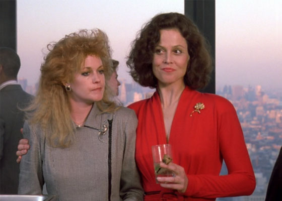 8 power-dressing rules from fancy business women in '80s movies