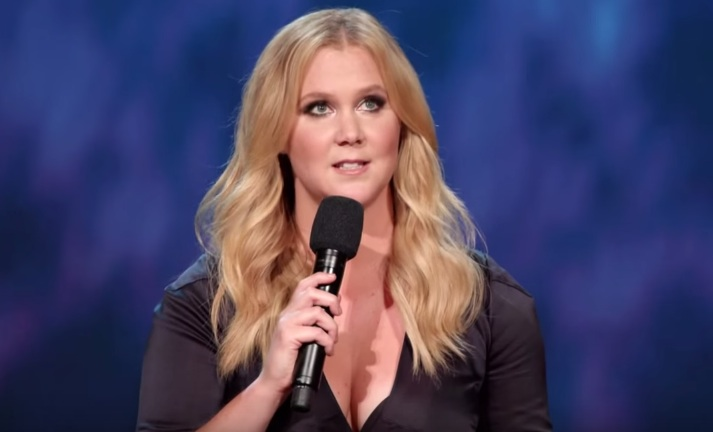 We have our first look at Amy Schumer's new comedy special