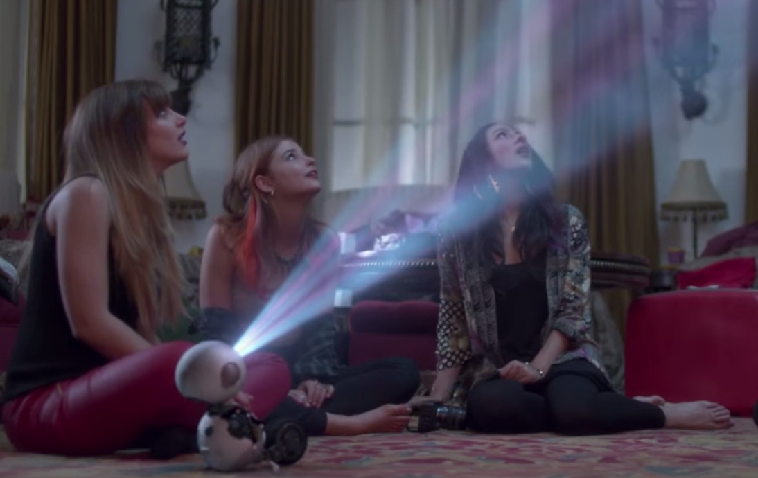 The new 'Jem and the Holograms' trailer, now with 100% more hologram