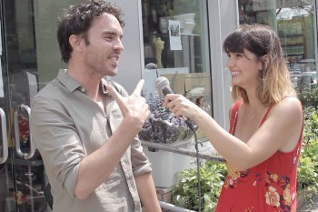 Inconveniently Interviewing Damon Gameau of 'That Sugar Film' while walking home!