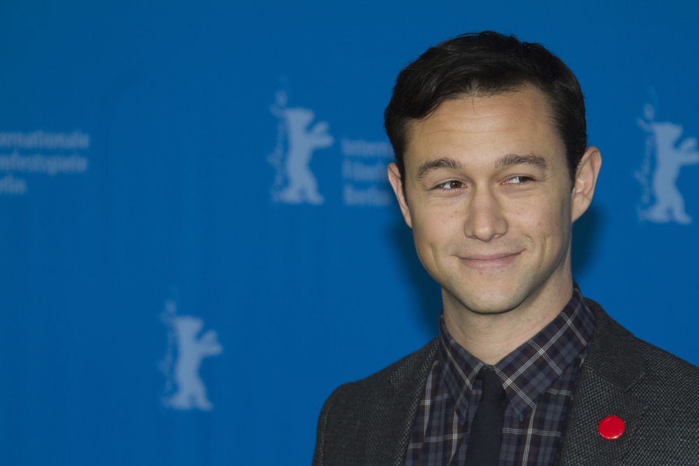 JGL is a dad and we're SO happy for him